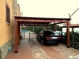 Pergolas de madera porches cenadores celosias - Porches para coches ...